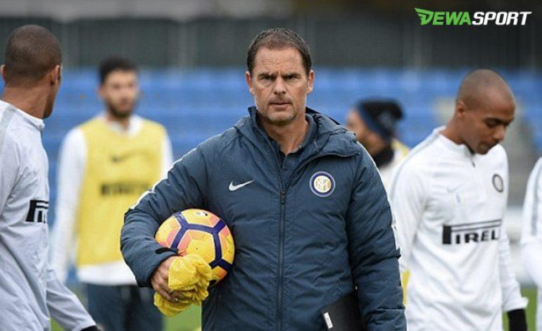 FC Internazionale Resmi Pecat Frank De Boer