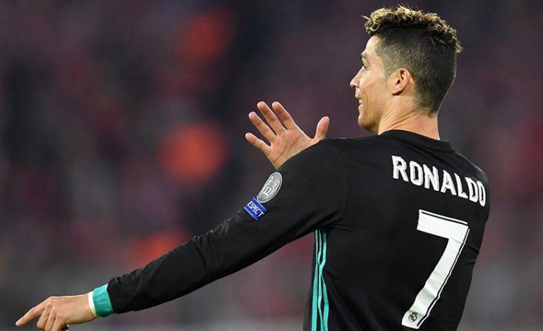 Masih Kecil, Cristiano Ronaldo Jr. Sudah Jago Tendang Penalti
