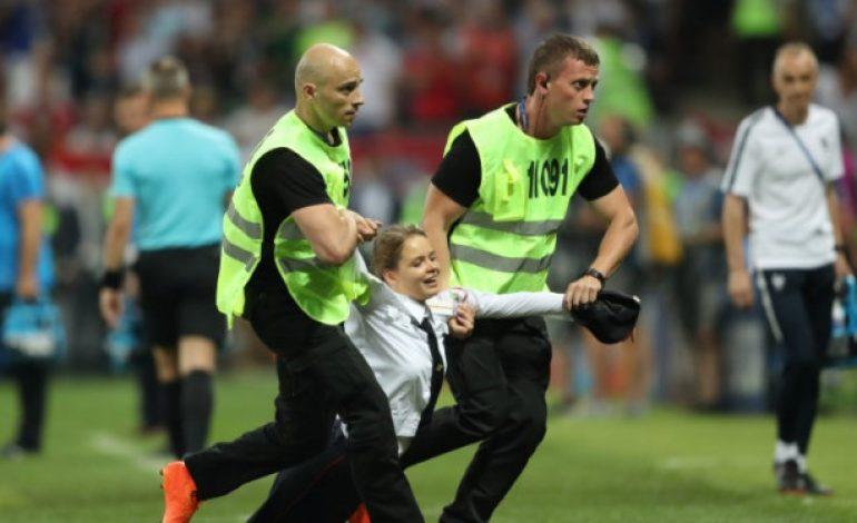 Ganggu Final Piala Dunia 2018, Pussy Riot Punya Pesan Politik