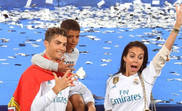 Seusai Ikut Ronaldo ke Italia, Georgina Rodriguez Dapat Hadiah Istimewa dari Brand Ternama