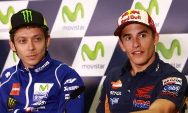 Rossi dan Marquez Beda Pandangan Soal Jump Start