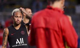 Sama-sama Kejar Neymar, Tawaran Barcelona dan Real Madrid Ditolak PSG