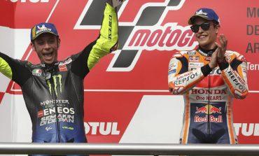 Marquez Dukung Rossi Bertahan di MotoGP