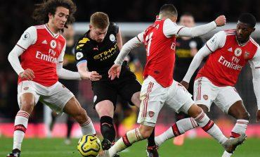 Permainan Arsenal Dicemooh Mirip Sirkus