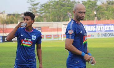 Dijamu Persipura, Pelatih PSIS Instruksikan Main Menyerang