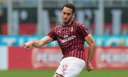 Gelandang Milan Hakan Calhanoglu Yakin Pulih Lawan Juventus