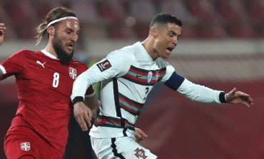 Lempar Ban Kapten Portugal, Ronaldo Kena Semprot Legenda Juventus: Reaksinya Lebay!