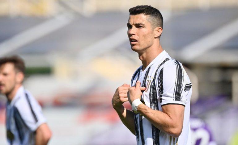 Cristiano Ronaldo Kian Dekat dengan Pintu Keluar Juventus