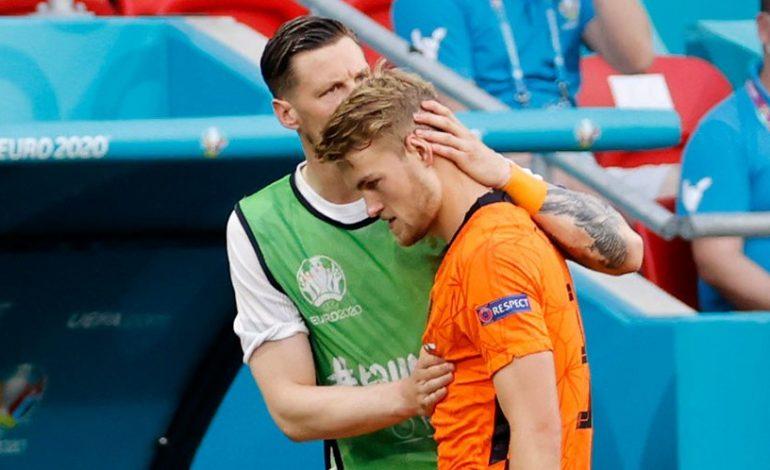 Tak Ada Alasan Lain, Belanda Memang Kalah karena Kartu Merah