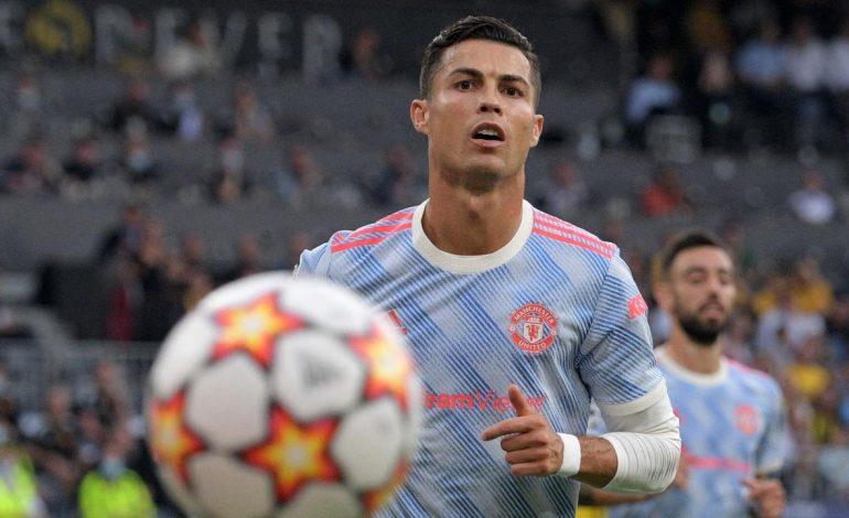 Sang Ibu Ogah Ronaldo Pensiun di MU, Klub Ini Jadi Idaman Dolores Aveiro
