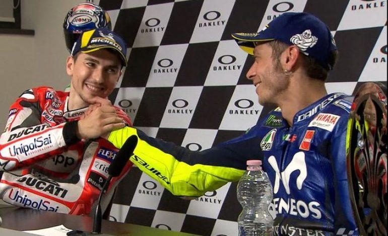 Cuitan Jorge Lorenzo Viral Gara-gara Valentino Rossi, Kenapa Nih?