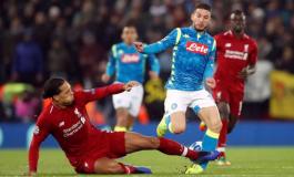 Ancelotti: Van Dijk Seharusnya Kartu Merah