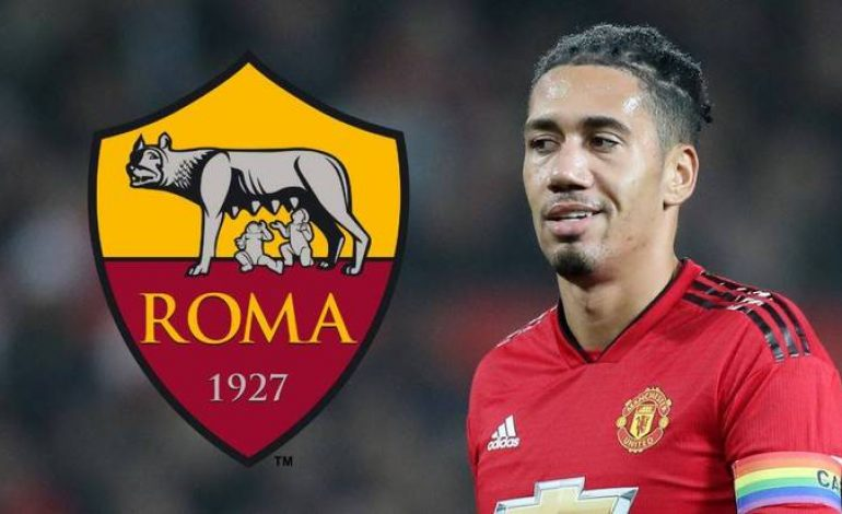 Bek Manchester United, Chris Smalling Gabung ke Roma