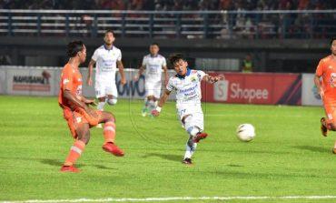 Borneo FC vs Persib Bandung 0-1, Permainan Sengit Sejak Awal