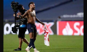 Gawat PSG! Neymar Terancam Absen di Final Liga Champions karena Tukar Jersey