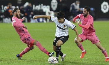 Valencia vs Real Madrid: Dihukum Tiga Penalti, El Real Takluk 1-4