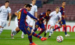 Barcelona Hampir Batal Menang, Pique: Kami Bukan Favorit Juara