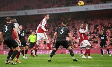 Arsenal vs Burnley: Aubameyang Bunuh Diri, The Gunners Kalah