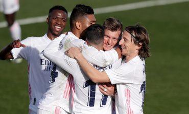 Real Madrid vs Valencia: Benzema-Kroos Menangkan Los Blancos 2-0
