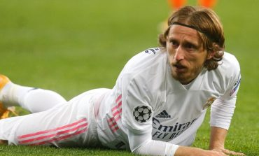 Demi Bertahan di Real Madrid, Modric Siap Potong Gaji