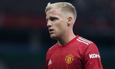 Donny van de Beek Ingin Tinggalkan Manchester United?